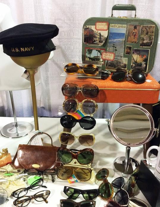toronto_vintage_clothing_show_navy_hat.jpg