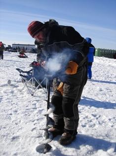 ice fishing5.JPG