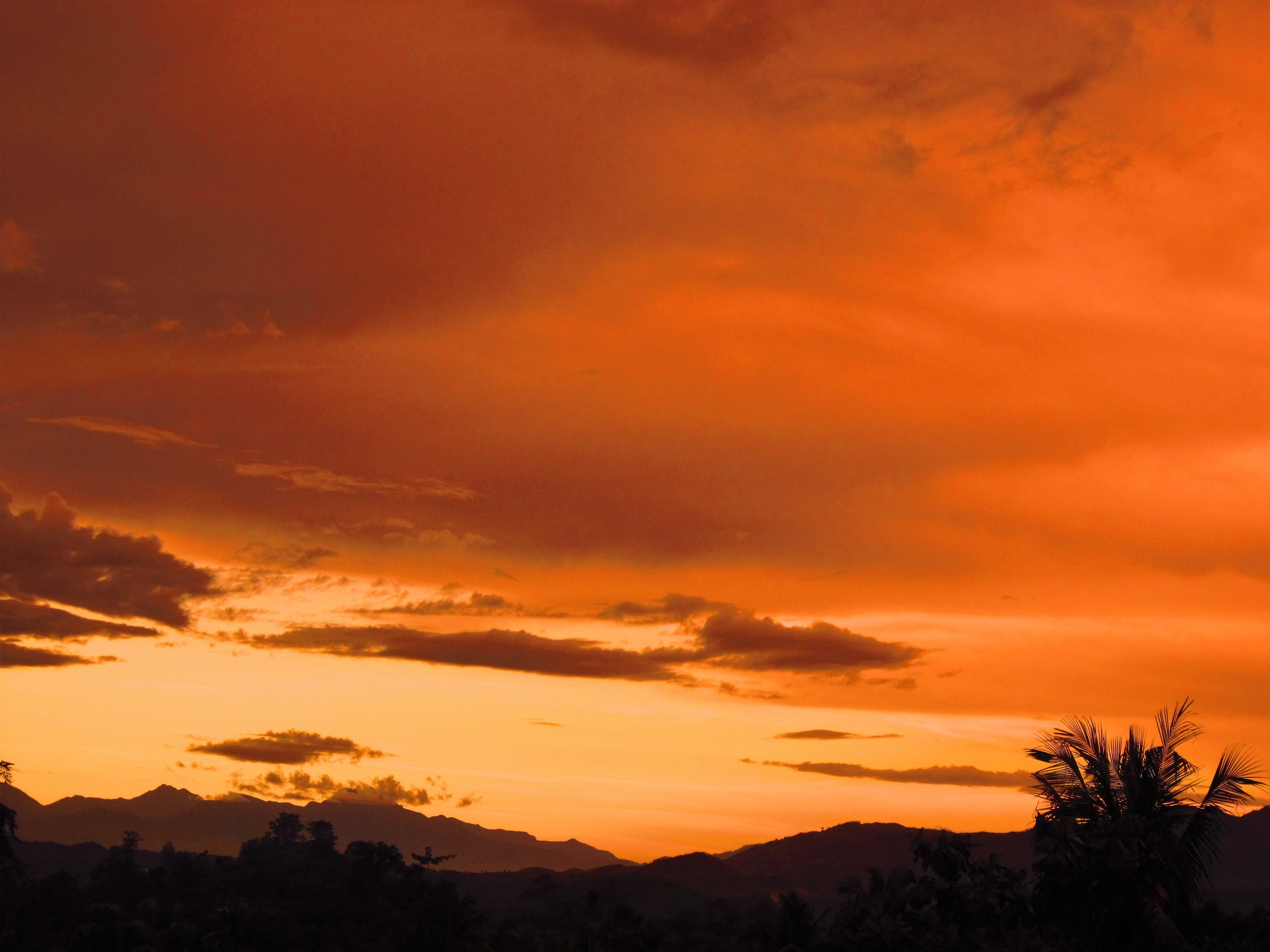 Quirino Mountains Sunset.jpg
