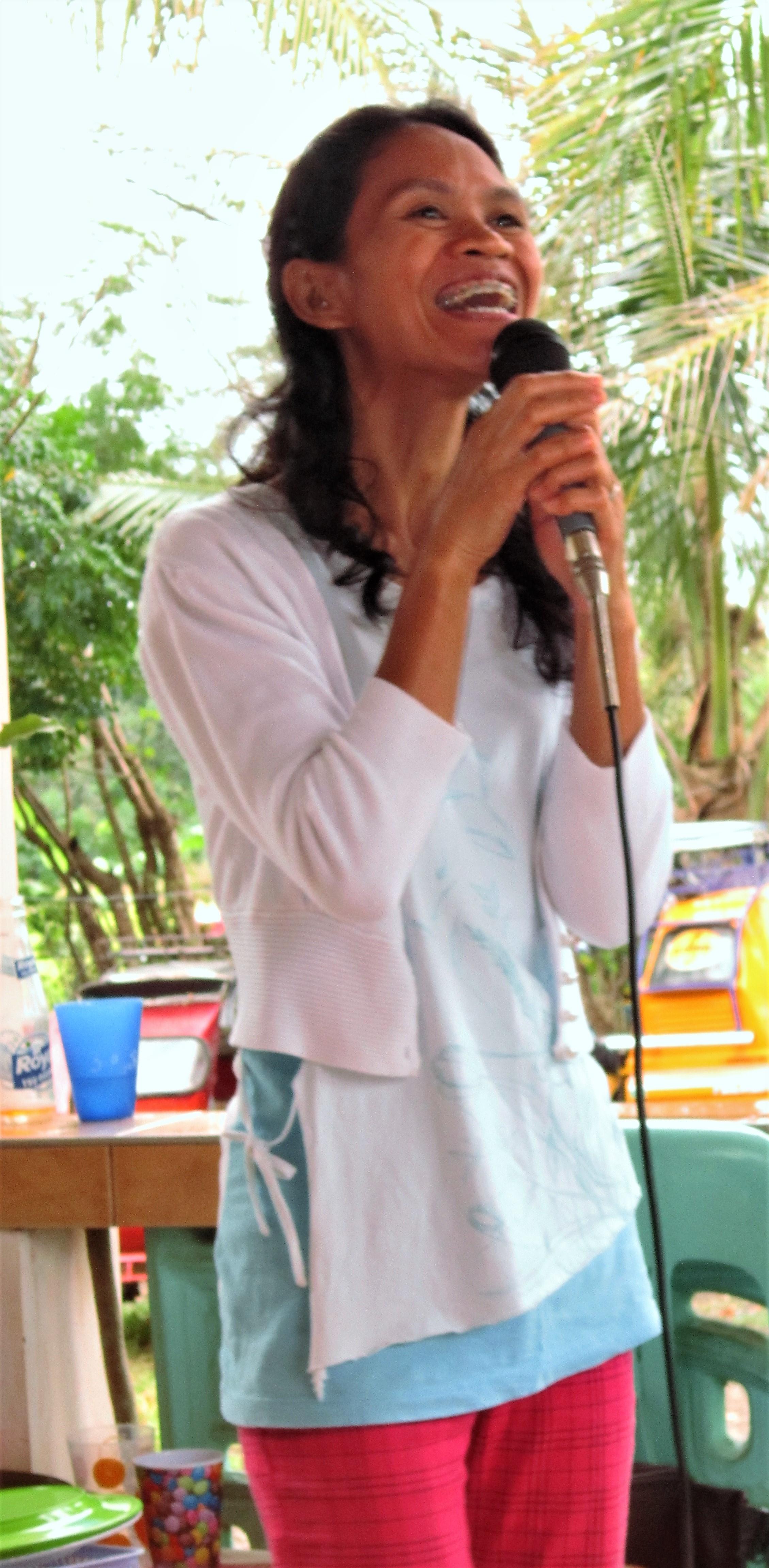 Grace singing.JPG