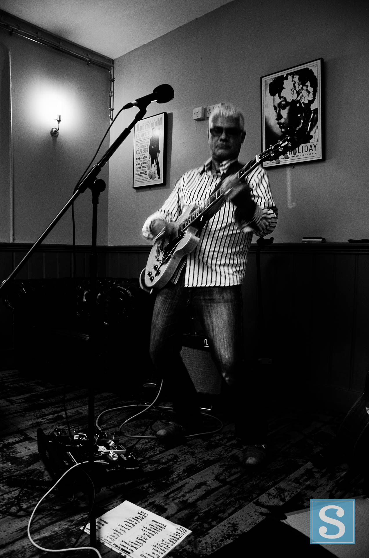 Gary Hall at The Tipsy Pig June 2017-2975.jpg