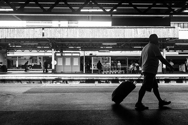 Waiting • • • #waiting #station #railway #southampton #hampshire #uk #travel #work #blackandwhitephotography #goinghome #candid #candidphotography