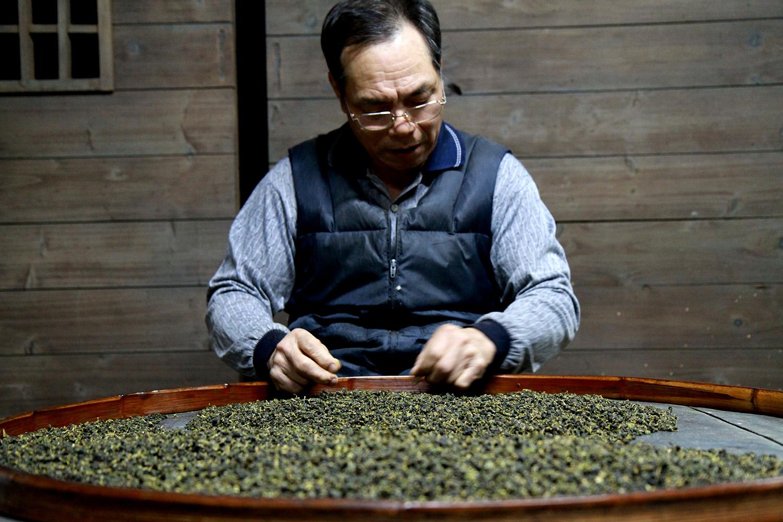 tea_men2 small.jpg