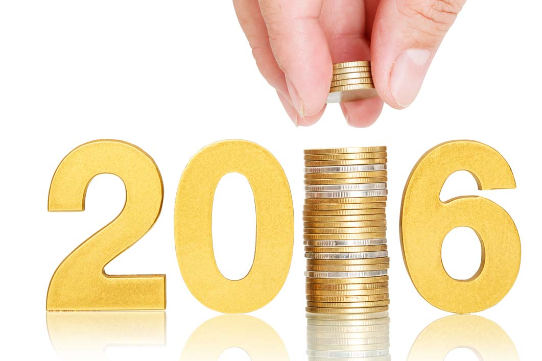 Photo of 2016 and gold coins for the 2016 Guide to Gold Refiners blog posts. Credit: Pixfly/iStock.
