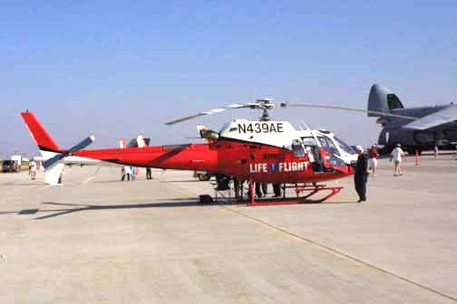 Eurocopter_AS-350_LifeFlight_0116.jpg