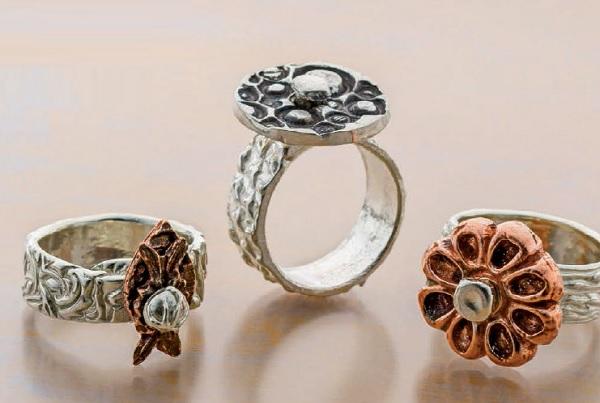 moving-metal-clay-ring-ArleneMornick.jpg
