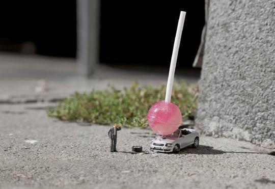 slinkachu-damn-kids-01.jpeg