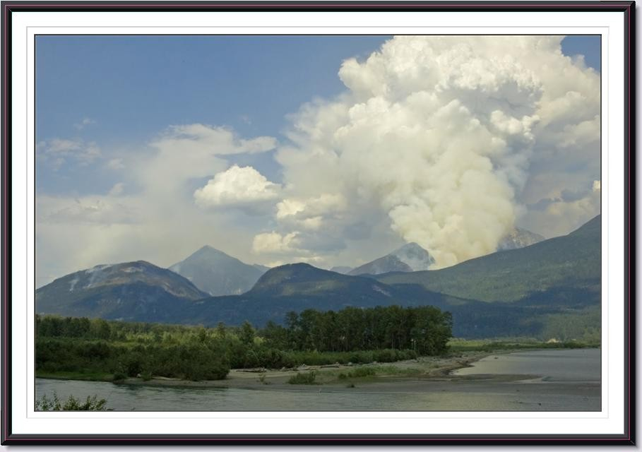 ©CAitken, Hamill Creek fire, seen from the head of the lake.