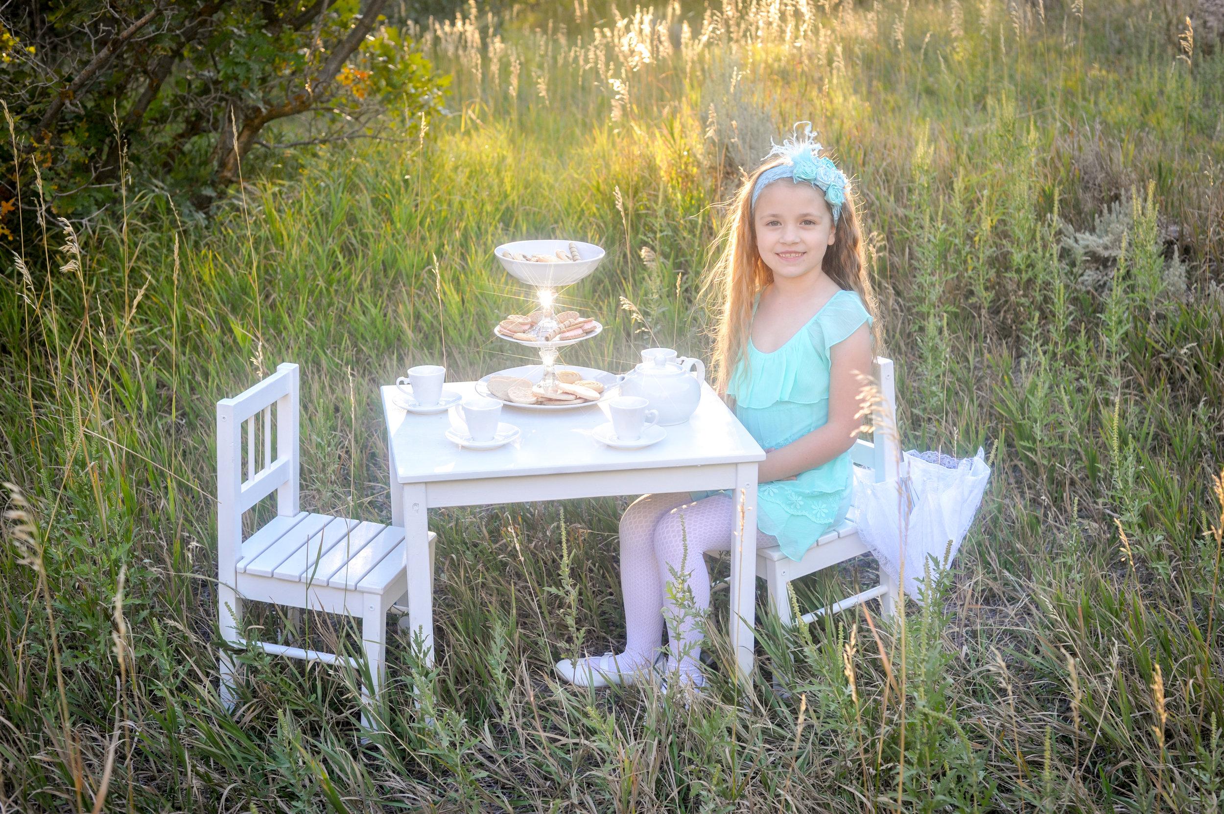 Reese in Wonderland-1.jpg