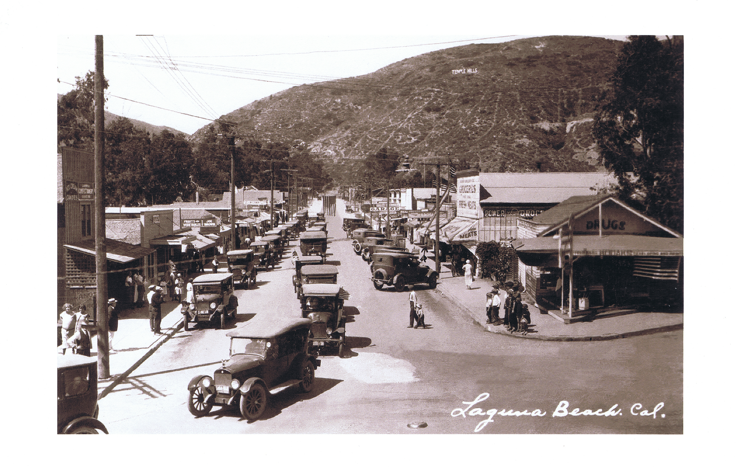 Traffic on Forest Avenue 1926 - see Temple Hills Sign.jpg