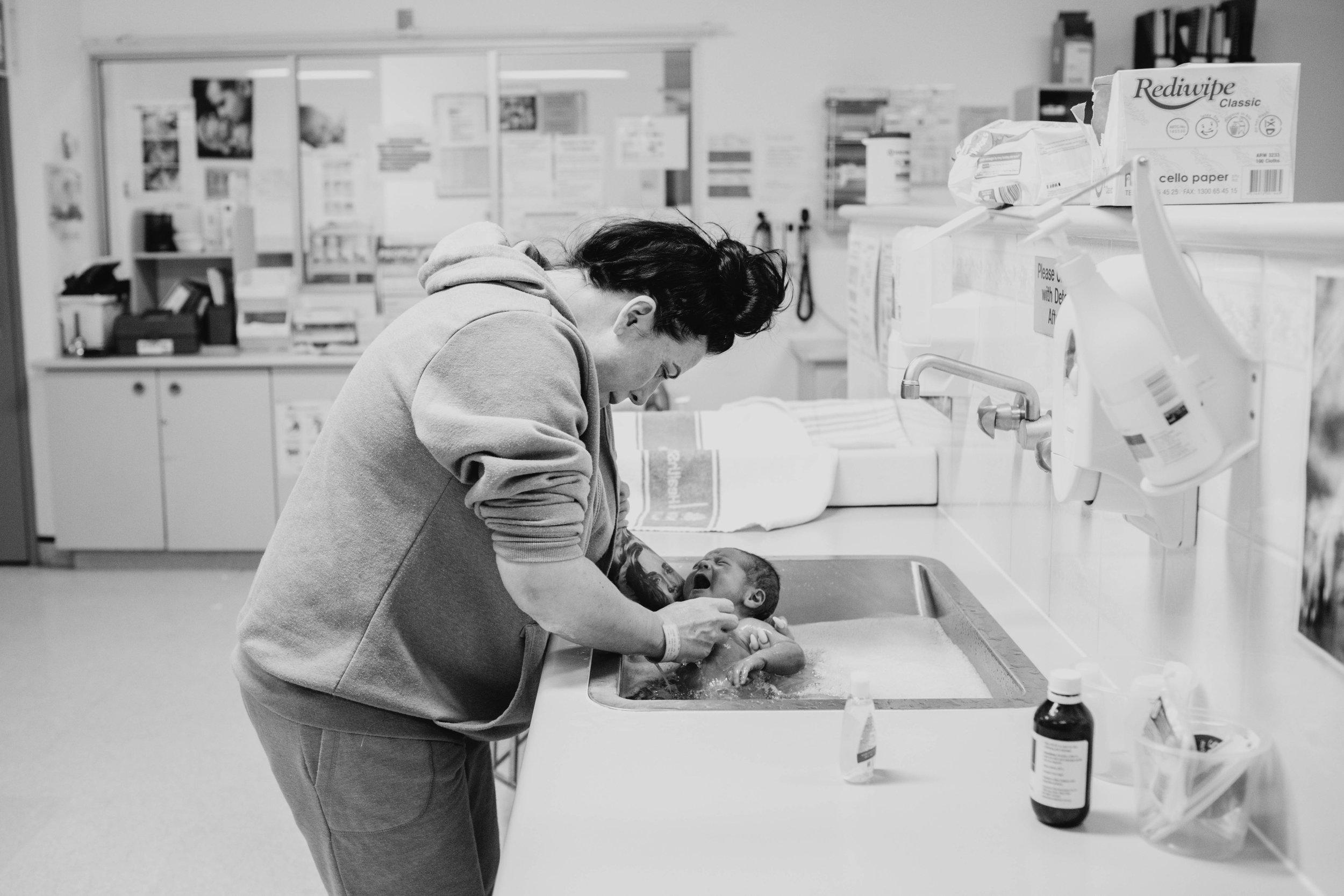 sheridan_nilsson_sydney_birth_photographer_newborn_photography_nsw.06.jpg