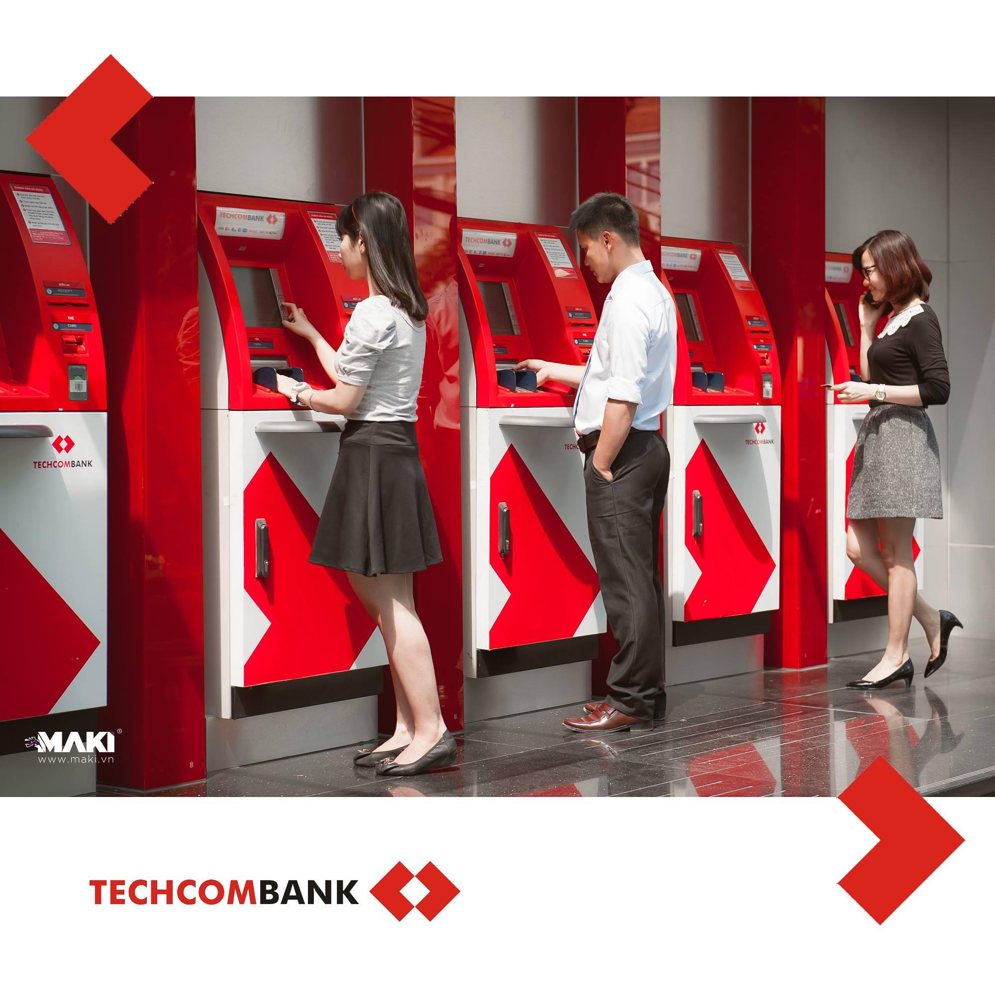 chup-anh-quang-cao-techcombank-3.jpg