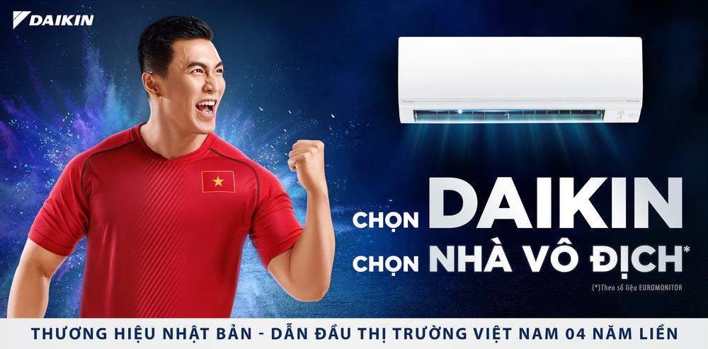 Chụp ảnh quảng cáo tại HC. Ảnh: MAKI