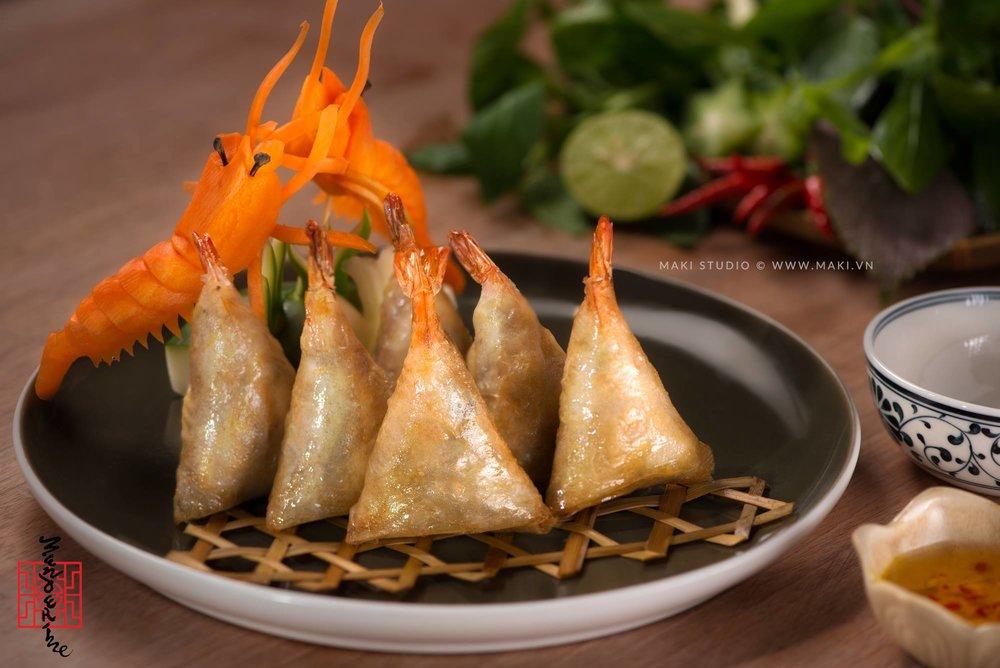 Chụp ảnh món ăn Việt Nam. ẢNh: MAKI.vn