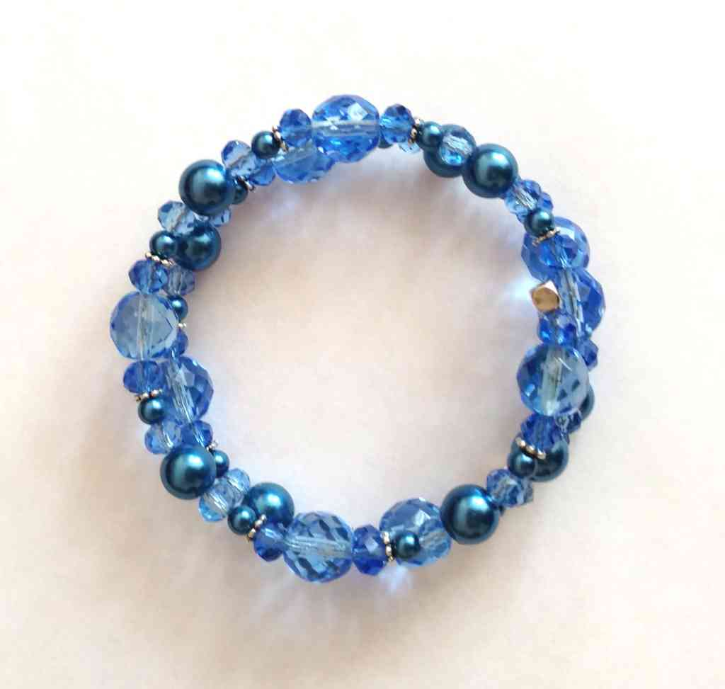 #jw-b 180070 bracelet  Suggested $22 usd