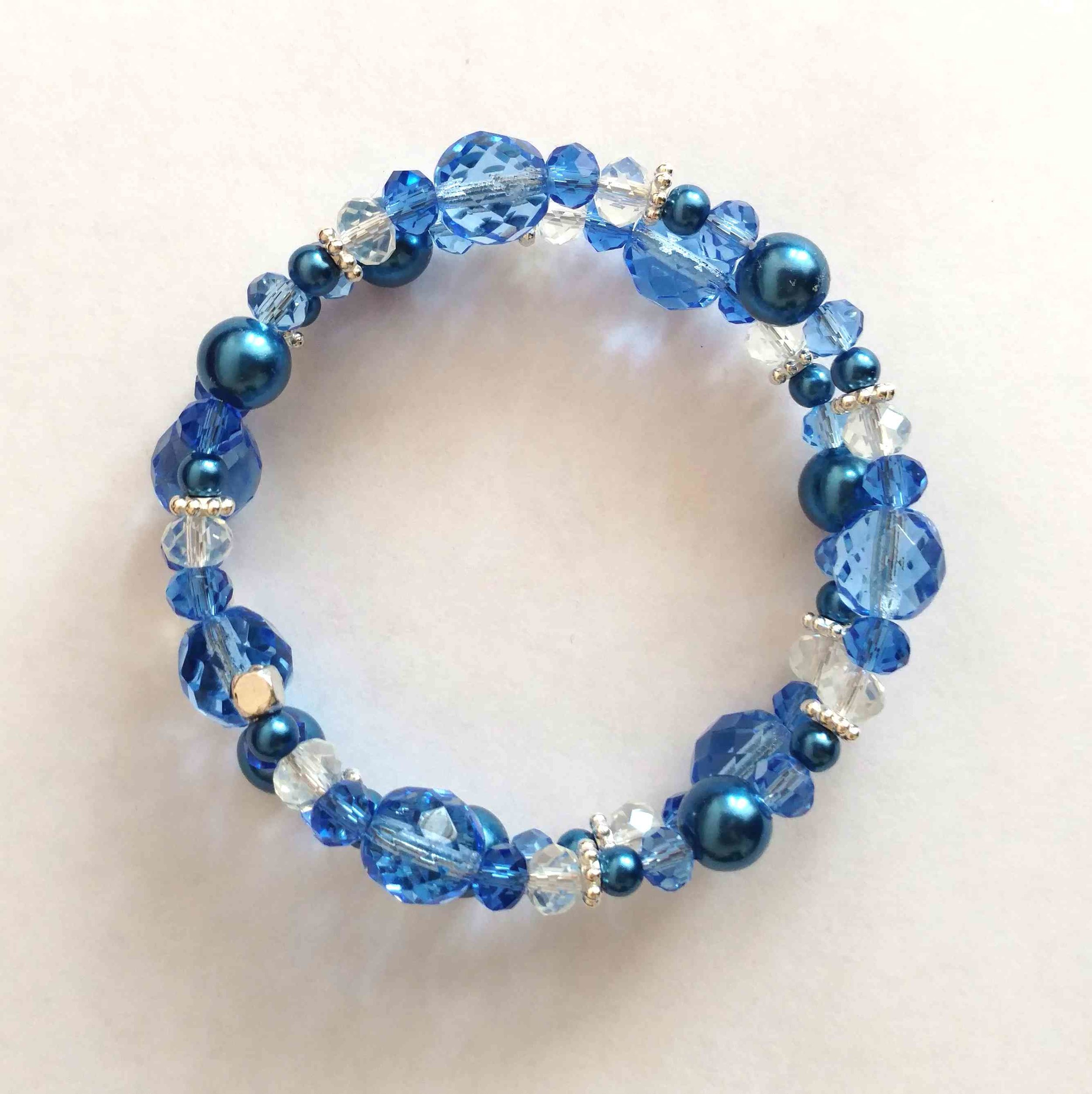 #jw-b 180072 bracelet  Suggested $22 usd