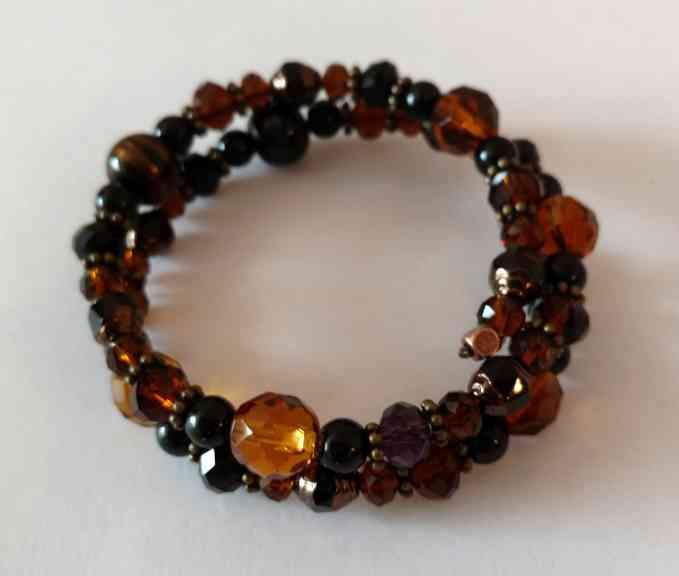 #jw-b 180048 bracelet  Suggested $18 USD