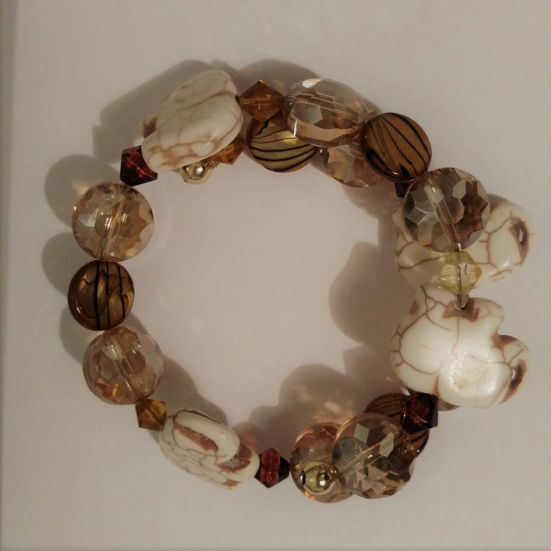 #JW-B 190011 Elephant Bracelet  Suggested $25 USD