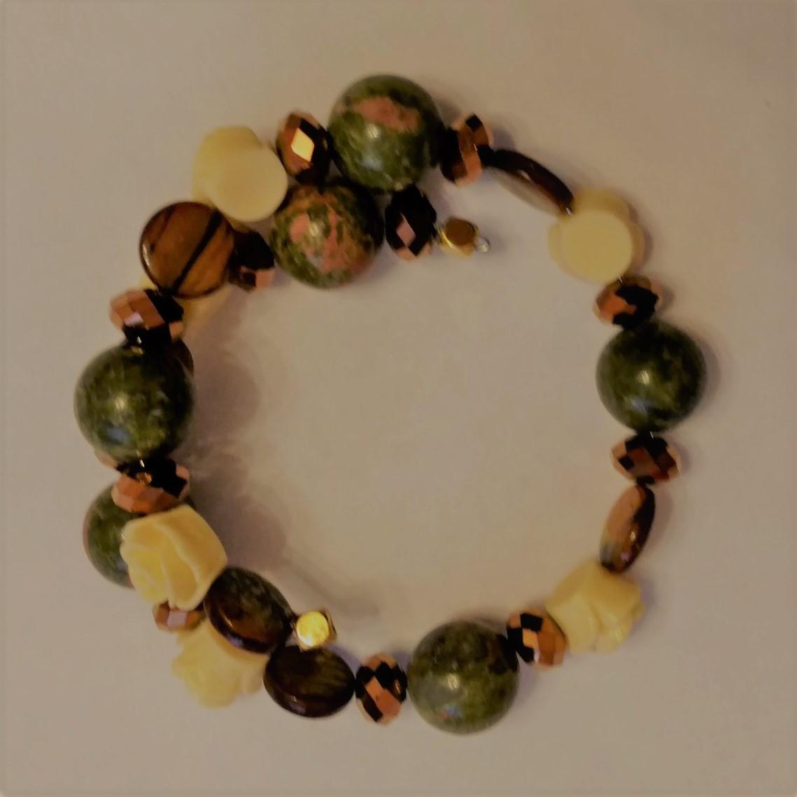 #L&L 181211 Bracelet  Suggested $20 USD