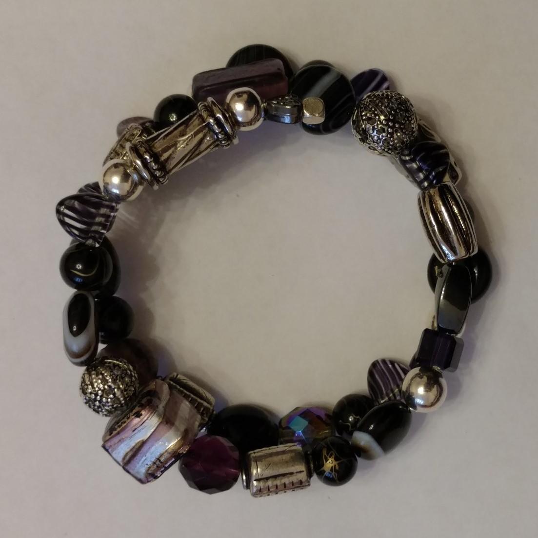 #L&L 181227 Bracelet  Suggested $25 USD