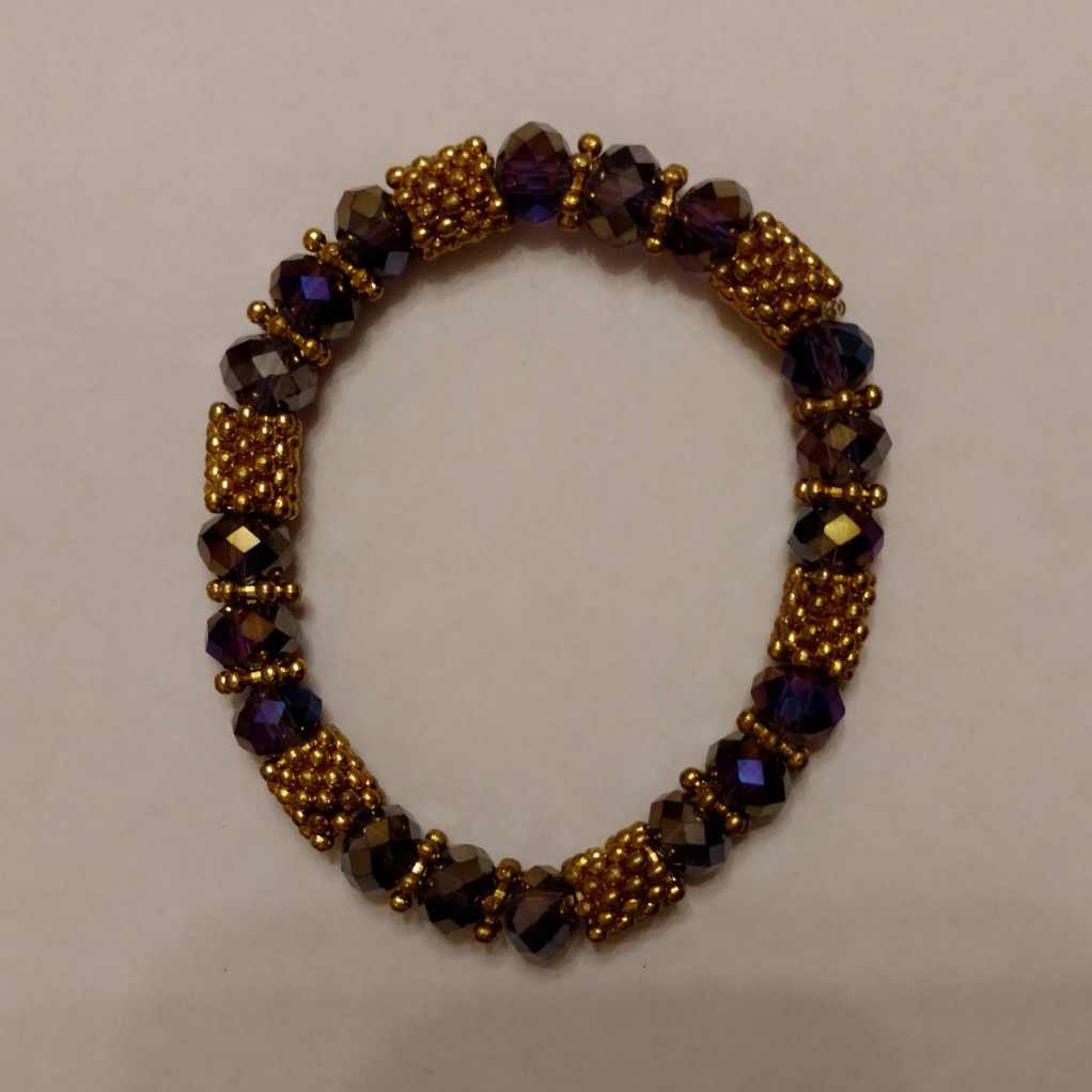 #VIN 190003 Lavender & Gold Bracelet  suggested $10 USD