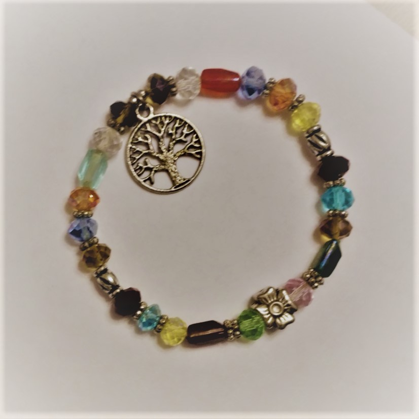#VIN 190004 Tree Multi-stone Bracelet  suggested $10 USD