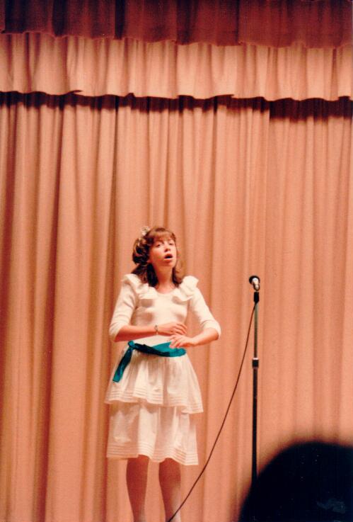 Thea singing.jpg