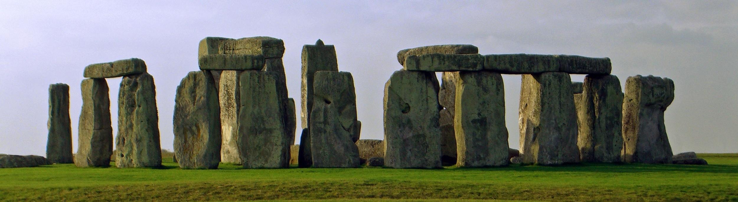 Stonehenge Summer Solstice.jpg