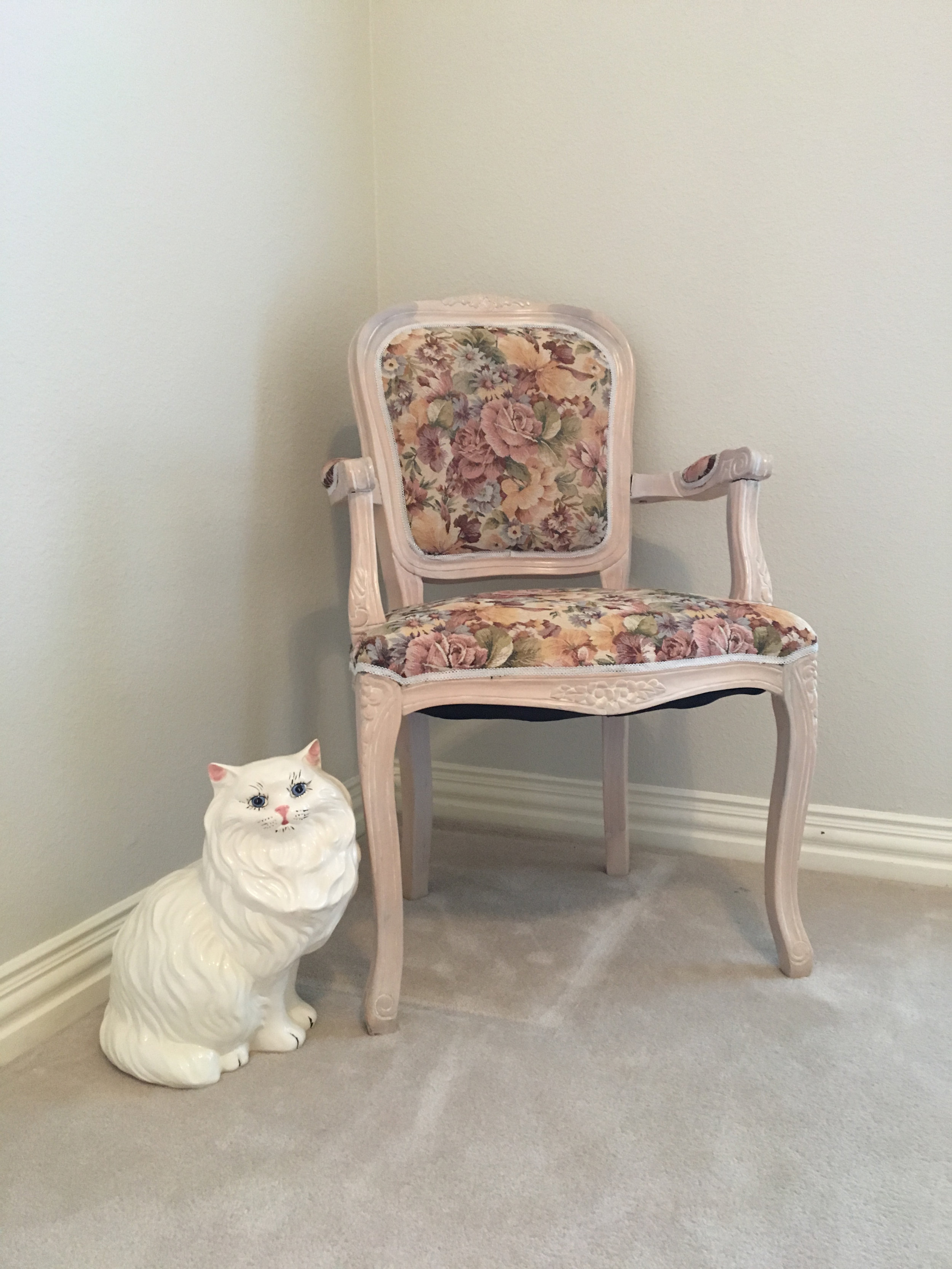 ceramic cat copy.jpg