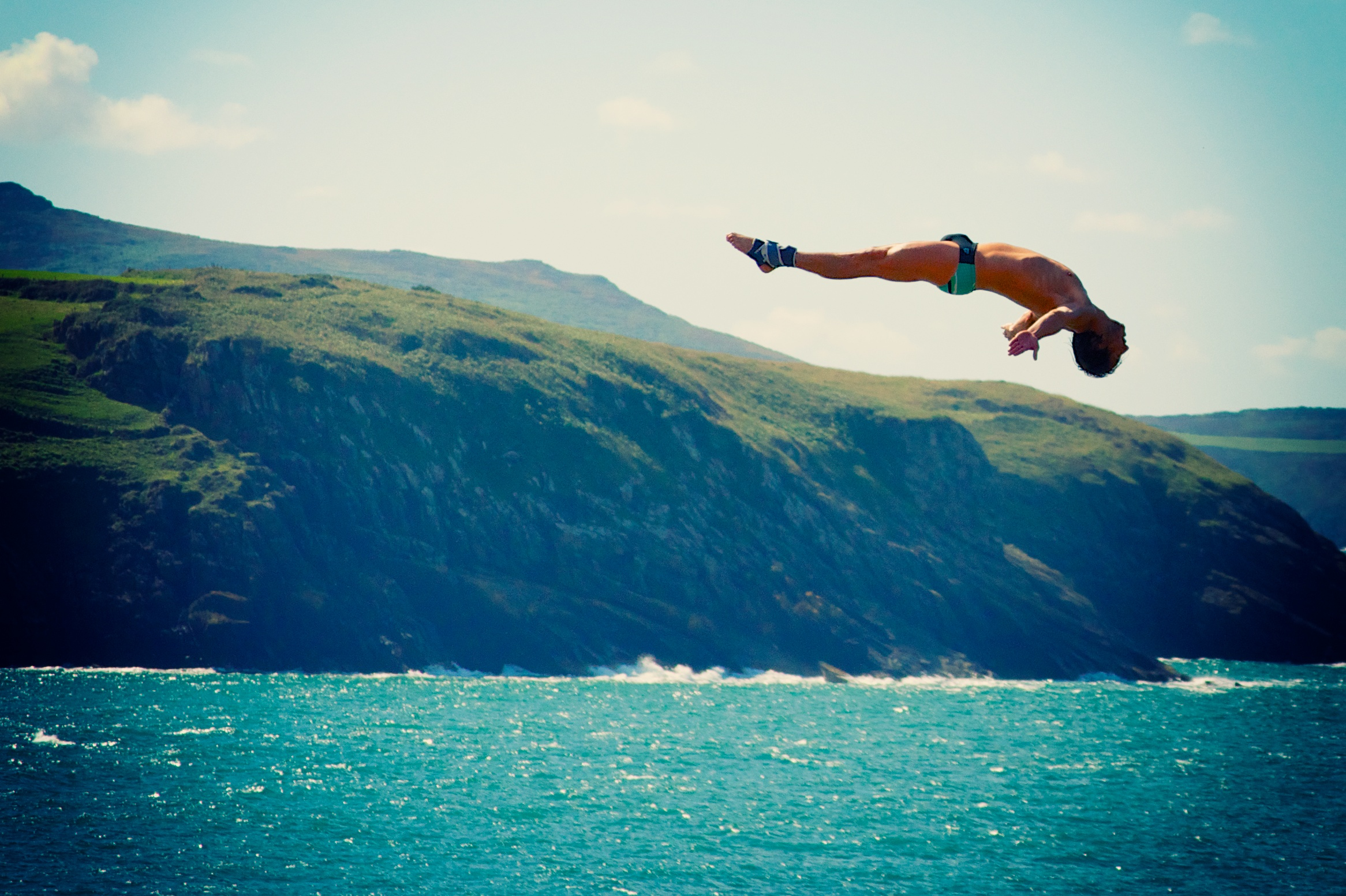 Cliffdiving.jpg