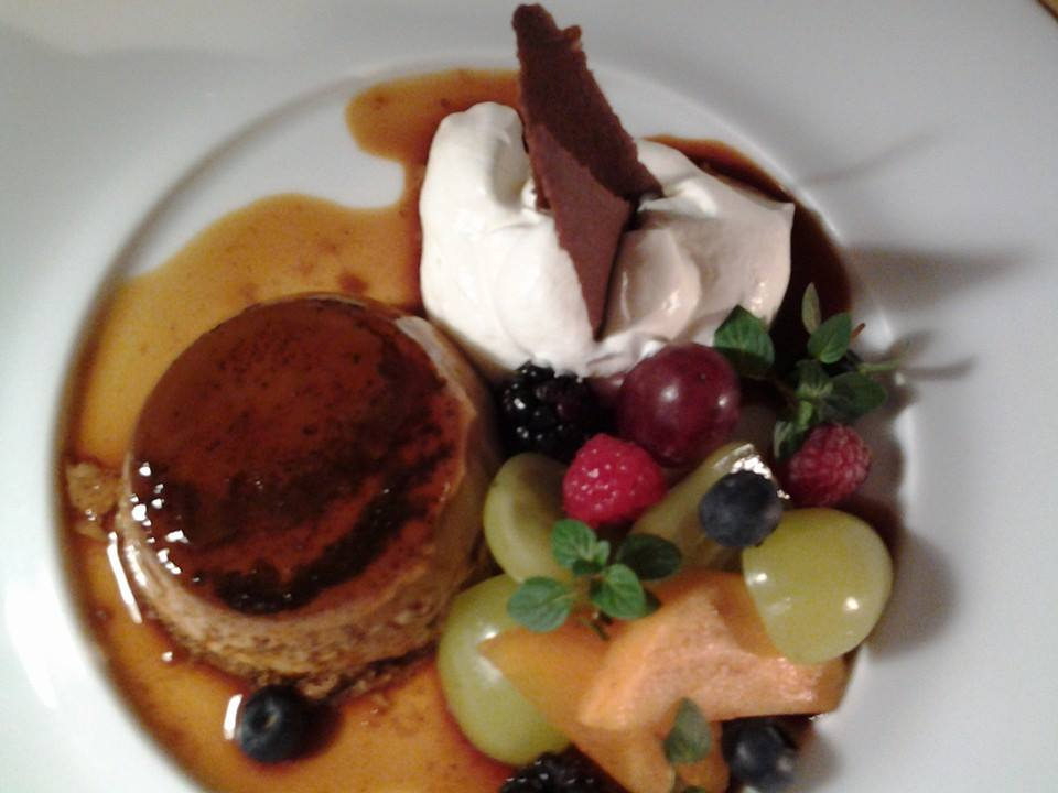 Okay, I got dessert too -- because I needed some fruit. Brown sugar pudding!