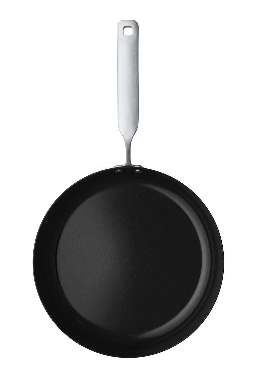 Pentagon Design: Hackman Rotisser Cookware Series, 2009.