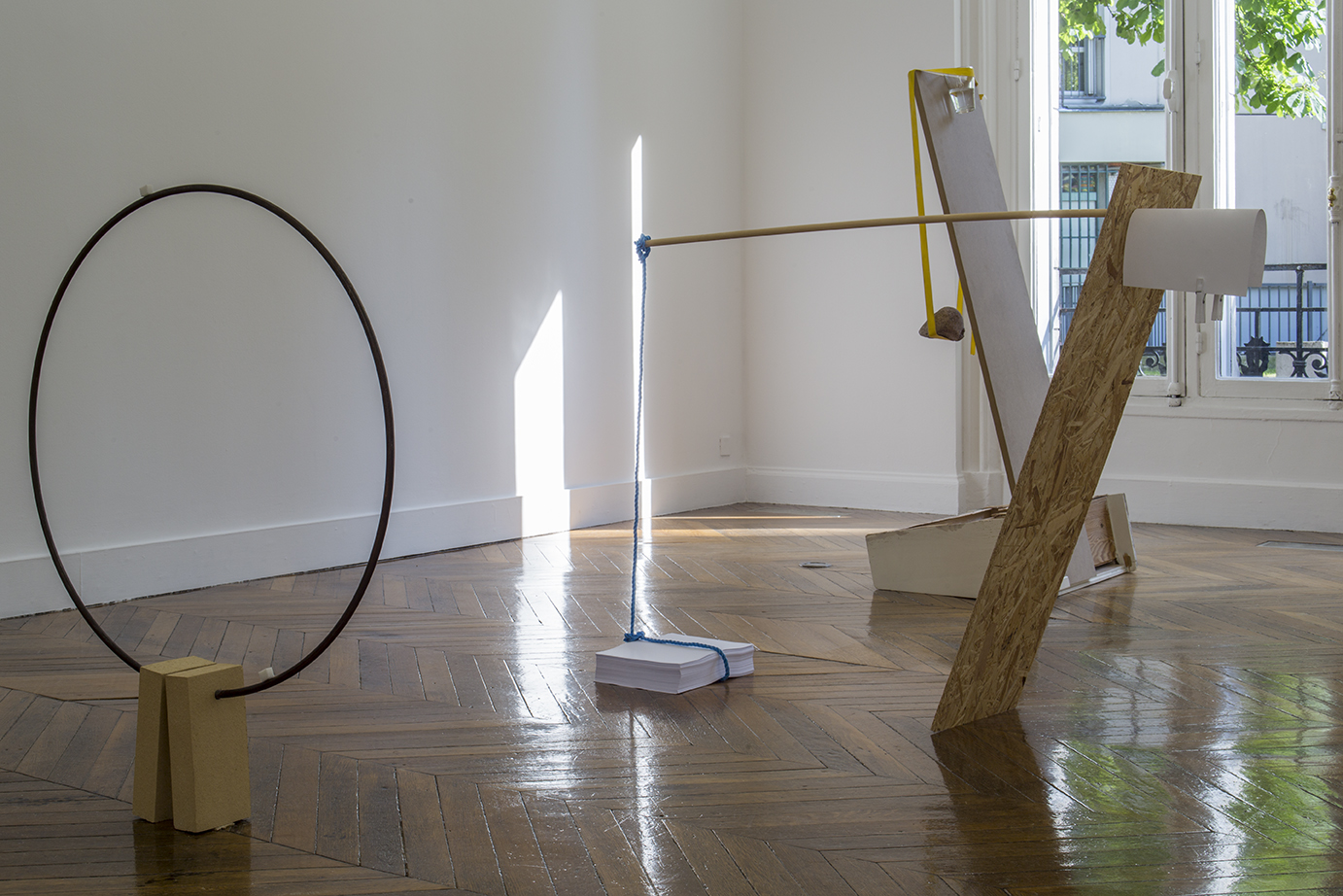 Only the Lonely, an exhibition Suoyrjö curated for La Galerie, Paris in 2015, focused on encounters. It addressed processes of making connections and disconnections. Photo: Cédrick Eymenier.