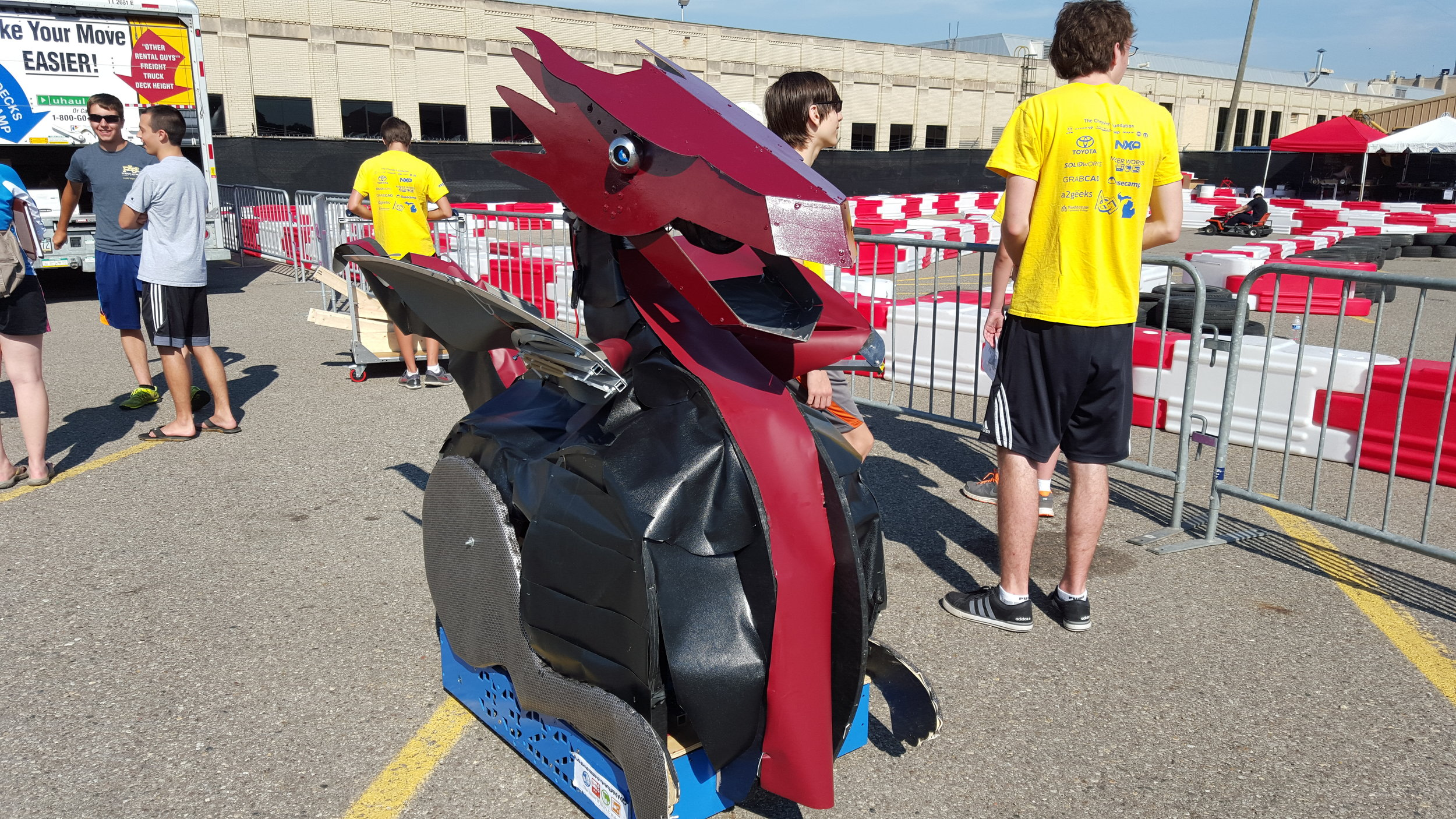 Dragonbot at the 2015 Detroit Maker Faire.