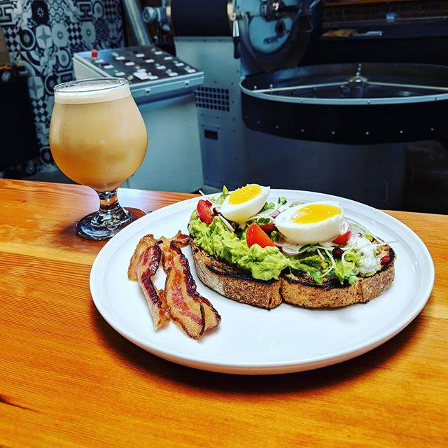 Nitro cold brew and avo toast makes the world go round 👌