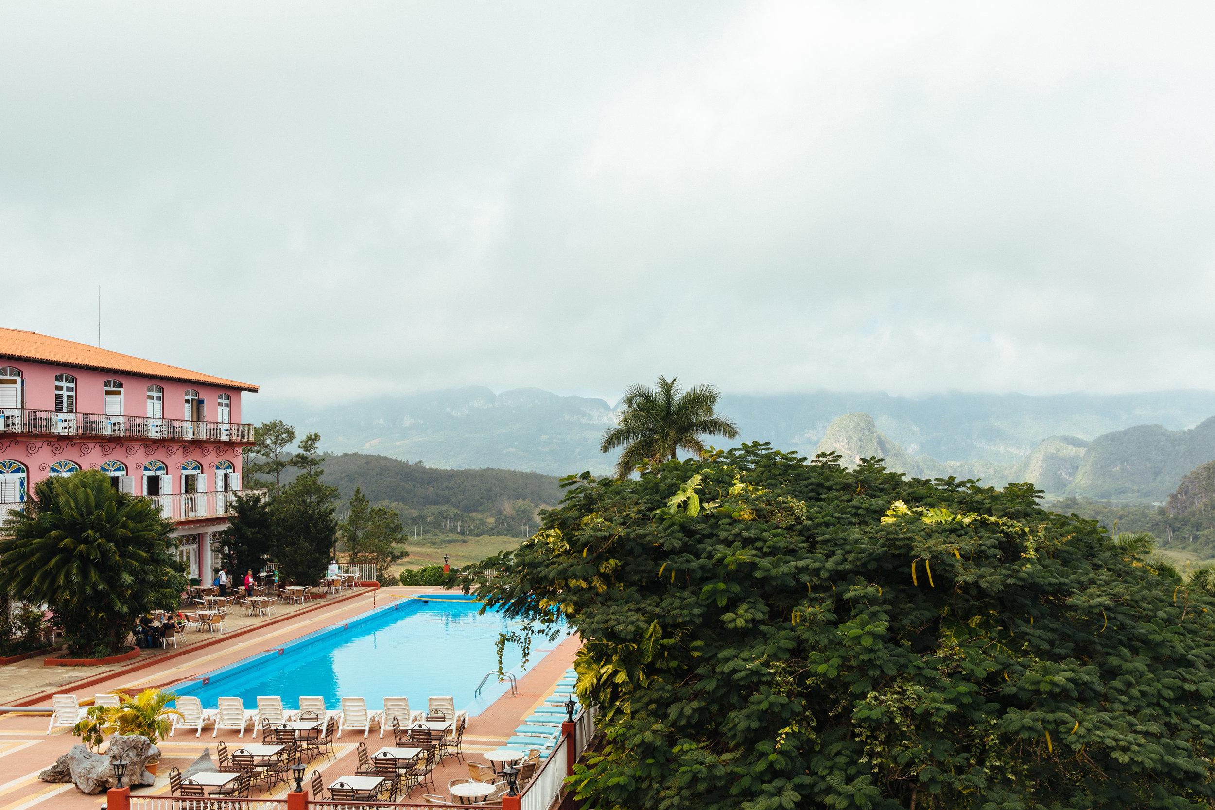 081217-Simone-Anne-Cuba-El-Camino-Travel-2.jpg