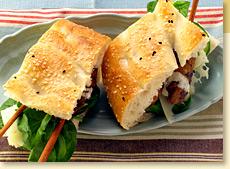 Chicken sandwich with Argentina Chimichurri