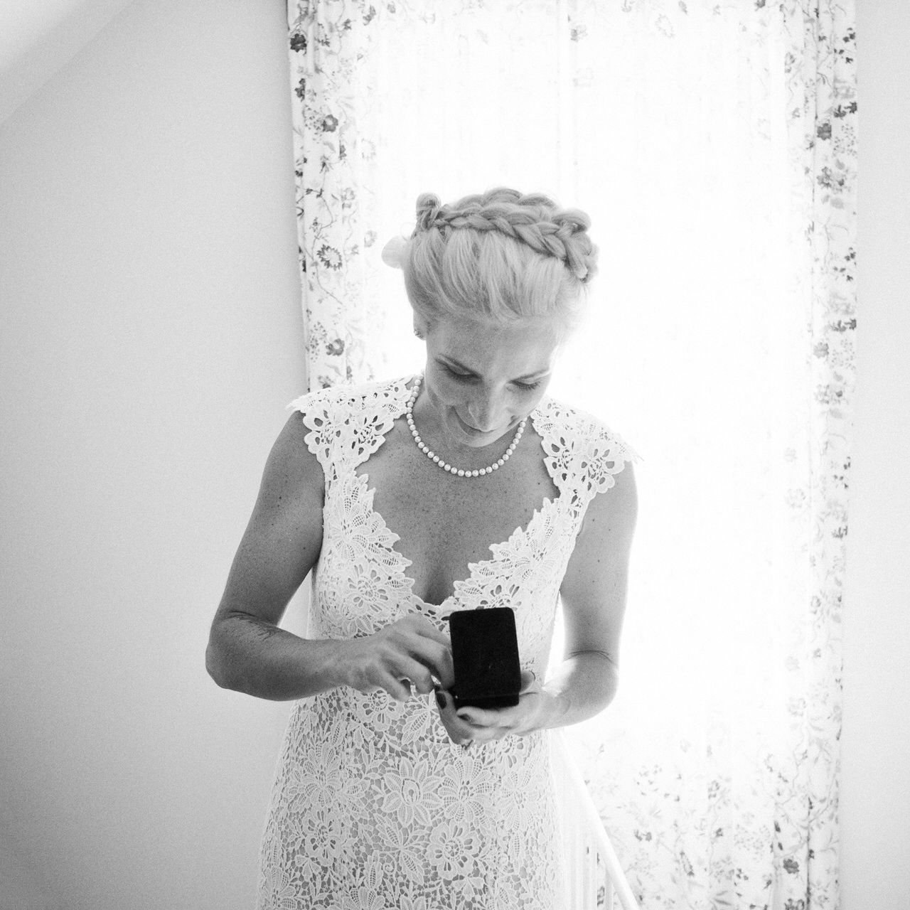 Monique L'hullier wedding dress destination wedding.jpg