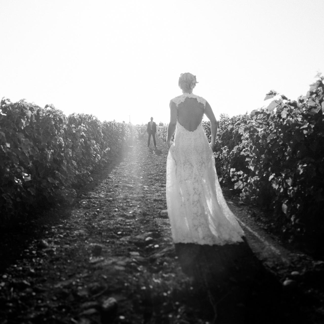 Montreal Vineyard Wedding with Monique l' hillier bridal dress.jpg