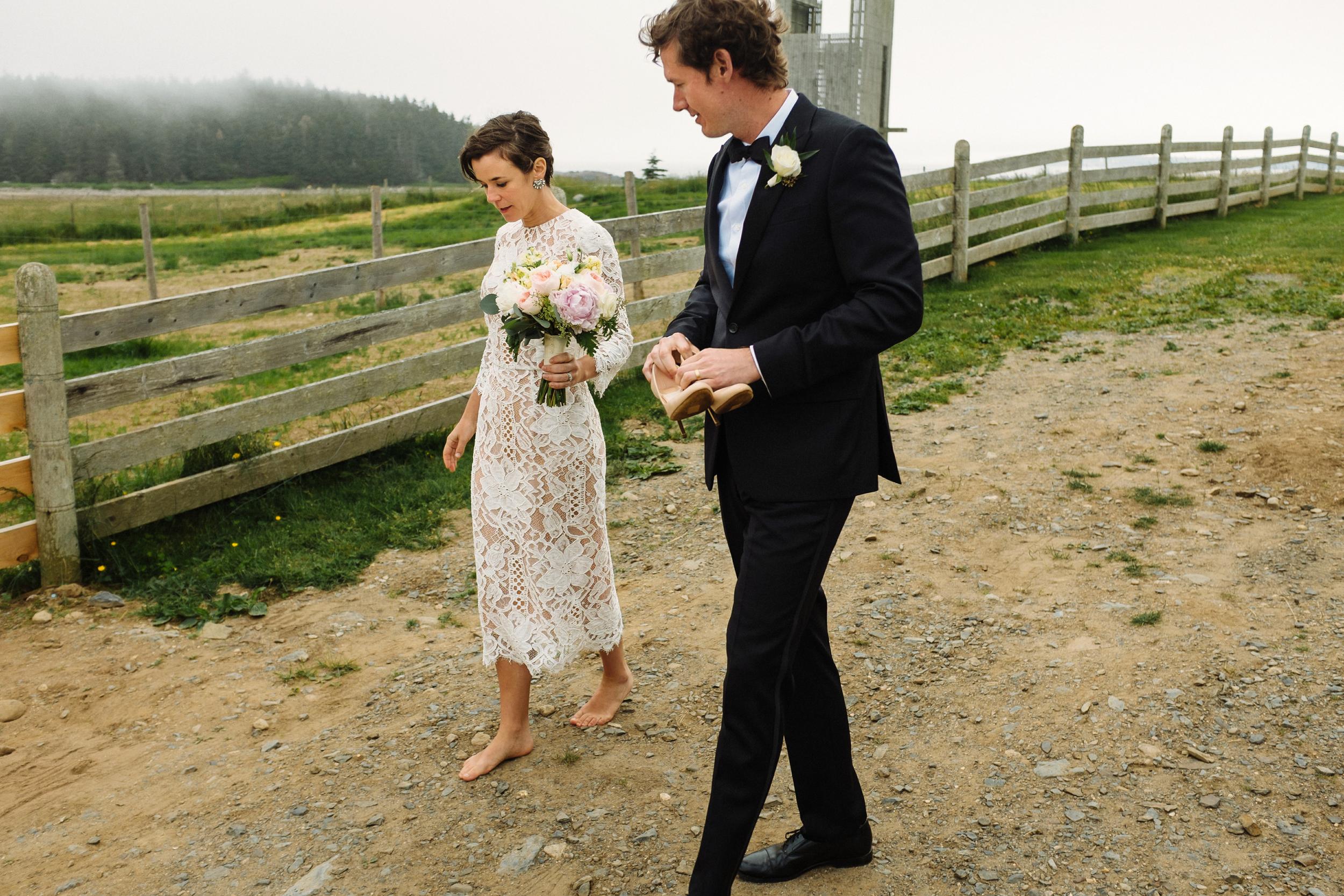 lunenberg bride and groom wedding portraits.jpg