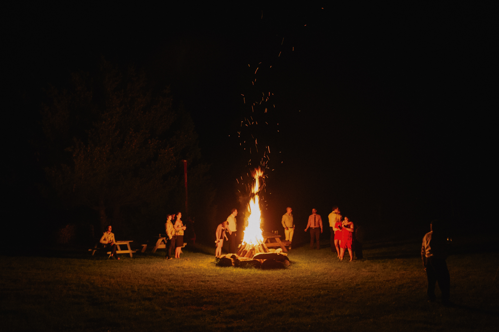 wedding barn fire.jpg
