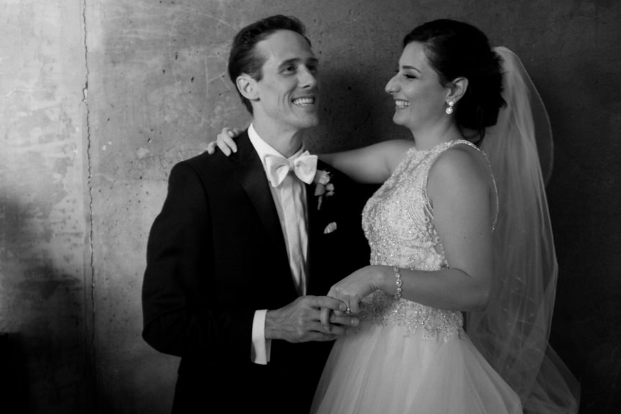 Le Chateau Laurier Ottawa wedding bride and groom portrait.jpg