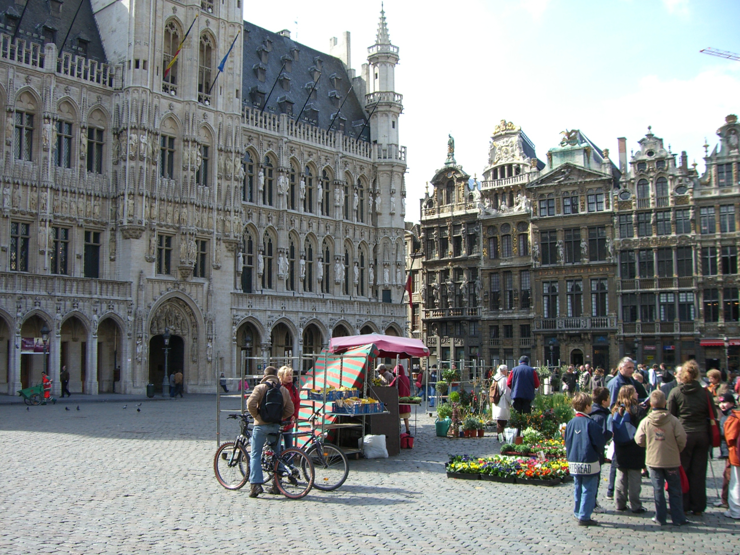 Brussels, Grand Place by Gillham