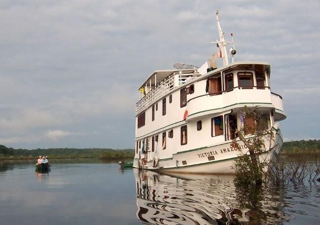 Victoria Amazonica Cruise