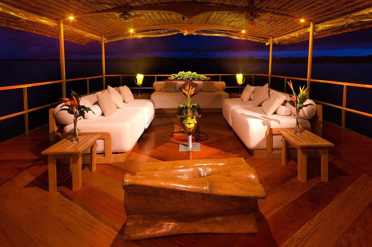 honeymoon cruise lounge area