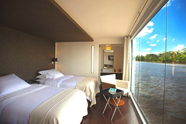 Amazon cruise charter cabins