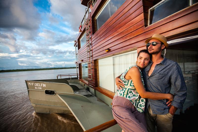 Honeymoon on the Delfin I Riverboat