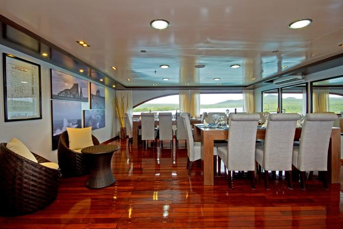 Ocean Spray Galapagos Cruise Dining