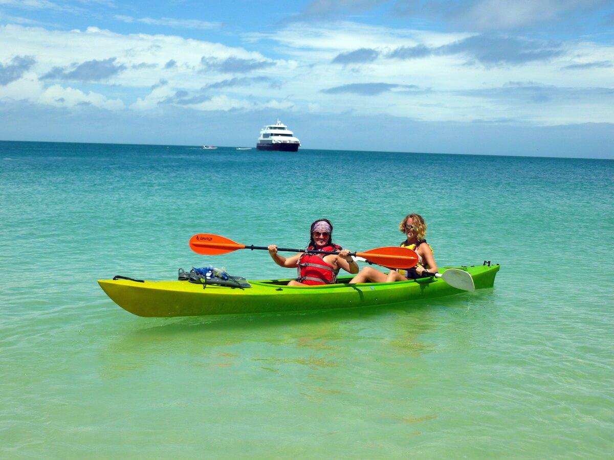 kayaking pearl islands