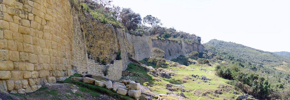 Kuelap Ruins (ph. Wikipedia)